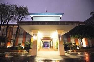 Legislative Yuan should be heritage site: expert - Taipei ...