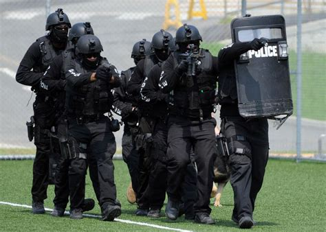 17 Best Images About S.w.a.t. On Pinterest