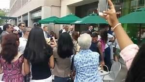 President Barack Obama at Starbucks! - YouTube