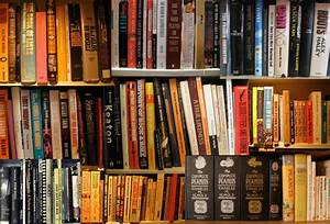 My Dream Room: T.E. Lawrence's Book Room in Clouds Hill ...