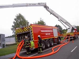 Renault Nemours : v hicules des pompiers fran ais page 605 auto titre ~ Gottalentnigeria.com Avis de Voitures