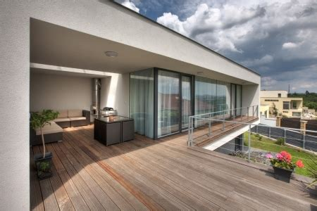 terrasse bois prix m2 pose prix d une terrasse en bois composite au m2 de la pose et des lames