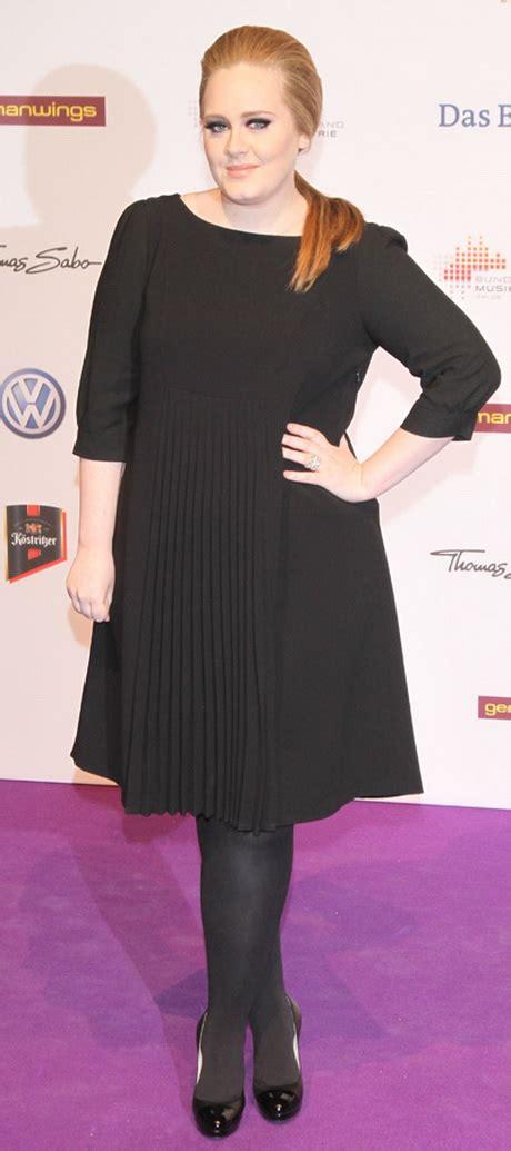 schwarzes kleid welche schuhe schwarzes kleid strumpfhose