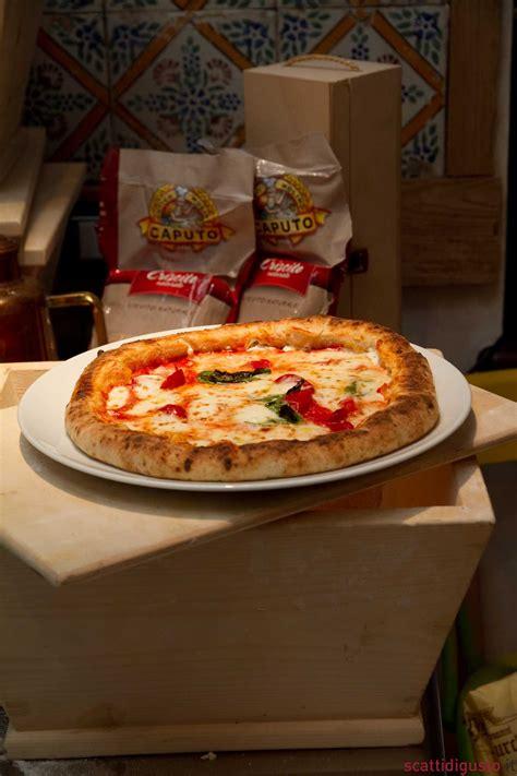 Dosi Per Pizza Fatta In Casa by Pizza Fatta In Casa Con Ricetta E Impasto Di Sei Pizzaioli