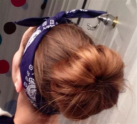 Some of the technologies we use are necessary for critical functions like security and site integrity, account authentication, security and privacy preferences, internal site usage and maintenance data, and to make the site work correctly for browsing and transactions. Messy sock bun with a bandana! #cute #easy | Easy ...