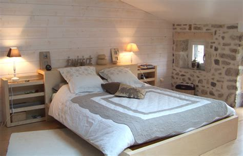 chambre avec lambris bois j ai transformé mon grenier en chambre visite privée
