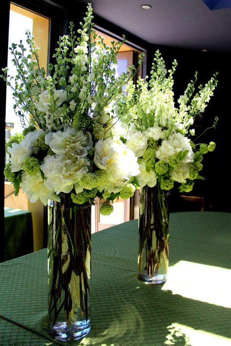 Tall Flower Arrangements For Weddings The Elegant Tall