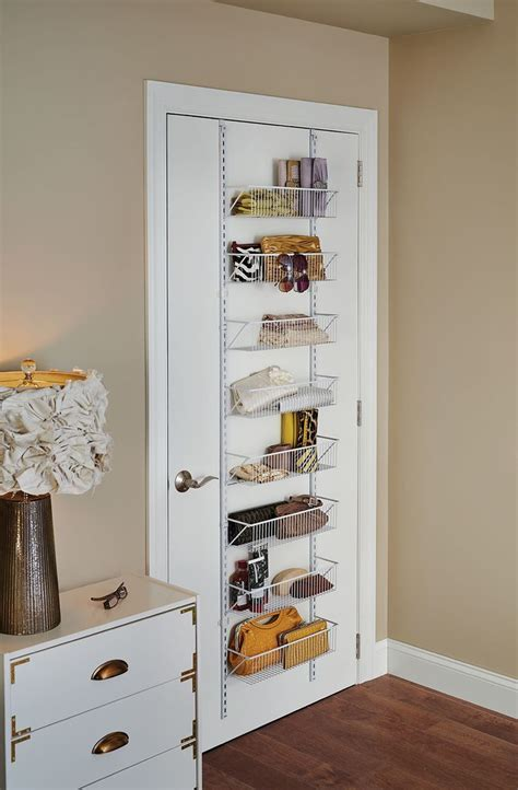 Wall Organizer For Bedroom by Best 25 Small Bedroom Organization Ideas On