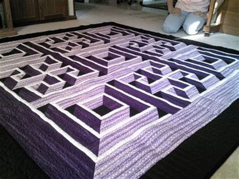 labyrinth quilt pattern free 43 best images about labyrinth walk quilt colorways on