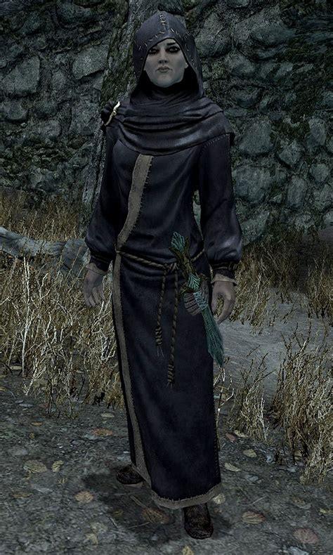 illia skyrim elder scrolls mage cosplay wikia followers necromancer companions darklight tower