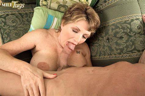 You Currently Do Not Leads Flash Installed Celebrity Bea Cummins Blowing And Pounding A Boy 1 Of 2
