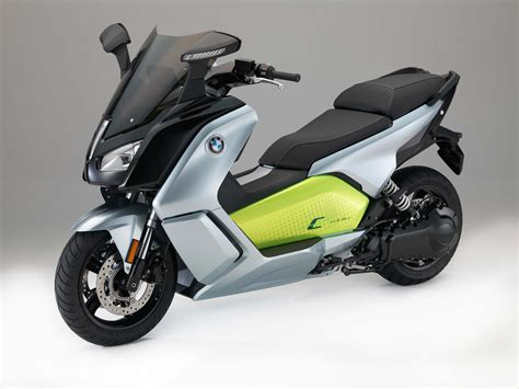 bmw  evolution electric scooter finally coming   usa