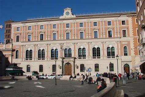 Ufficio Postale San Silvestro Roma by I Rioni Di Roma Iii Colonna