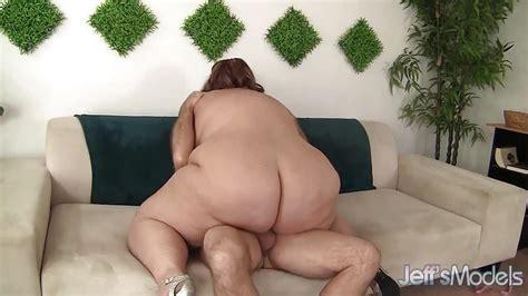 Plumper Erin Green Throat Fucks This Hard Cock 4tube