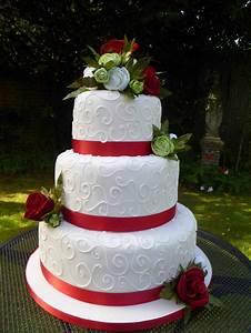 Beautiful Red Wedding Cakes | siudy.net