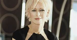 Cosmo Editor-in-Chief Joanna Coles Shares Her Must-Have ...