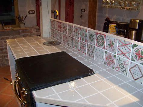 peindre plan de travail carrelé cuisine carrelage cuisine plan de travail crdence de cuisine