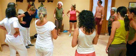 Milagros del Yoga: Taller de Yoga-Biodanza-Meditación en Jaca
