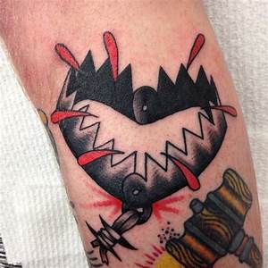17 Best images about Weapon tattoos on Pinterest | Hammer ...