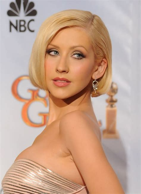 christina aguilera short blonde bob hairstyle  bangs