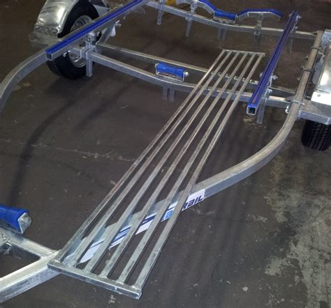 Boat Trailer Walkway easy step system boat trailer steps upcomingcarshq