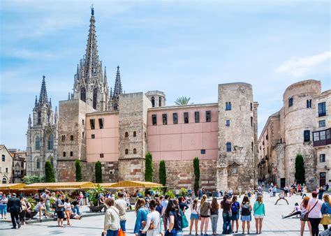 The barcelona city guide that shows you what to see and do in barcelona, spain. 7 Hours in Barcelona | Travel Channel Blog: Roam | Travel ...