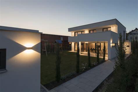 Modernes Haus Ohne Flachdach by Einfamilienhaus Flachdach 220 Berdachte Terrasse