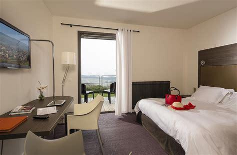 chambre hotel luxe moderne chambres de luxe à l 39 hôtel design la montagne de brancion
