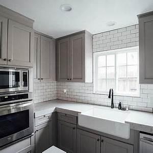 Noble Grey Quartz Countertops in 2019 | Gray kitchen ...
