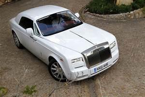 Rolls Royce Occasion : vid o les vir es caradisiac en rolls royce phantom coup series ii de l 39 hypra luxe normal ~ Medecine-chirurgie-esthetiques.com Avis de Voitures