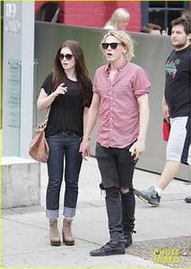 Lily Collins and Jamie Campbell Bower spotted holding ...