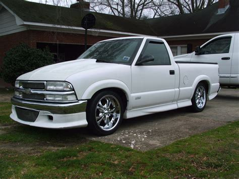 2000 Chevy S10 by Faster4whl 2000 Chevrolet S10 Regular Cab Specs Photos