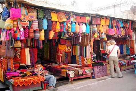 shopping markets  jaipur affordable markets
