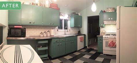 Can Annie Sloan Chalk Paint transform these kitchen