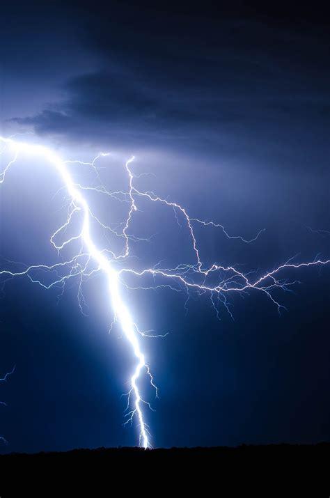 lightning bolt wallpaper 183 wallpapertag