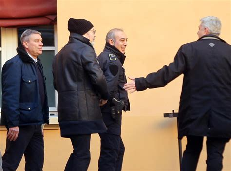 Bologna Vasco by Bologna Vasco In Tribunale Contro L Ex Manager