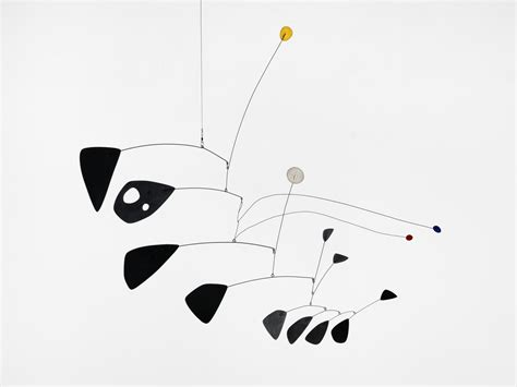 Calder Mobile Sculptures by Il Genio Della Scultura Cinetica In Mostra A Londra Sky