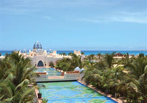 prix chambre disneyland hotel clubhotel riu karamboa in boa vista cap vert jetair