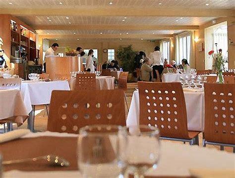 cuisine centrale la seyne sur mer bar lounge picture of le poseidon la seyne sur mer