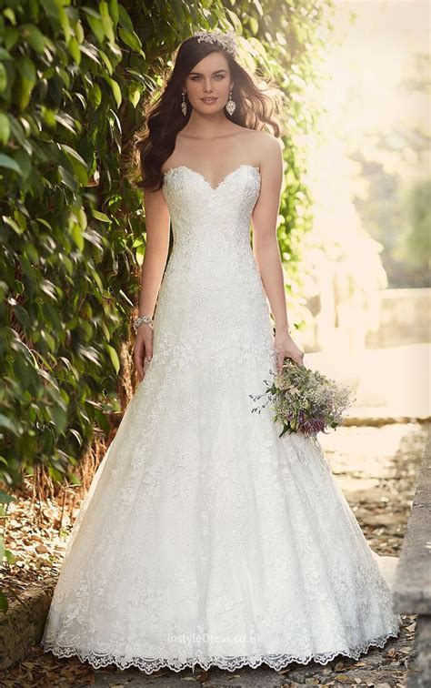 Floor Length Romantic A Line Strapless Sweetheart Lace