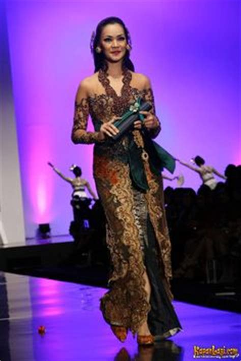 models gowns  indonesia  pinterest