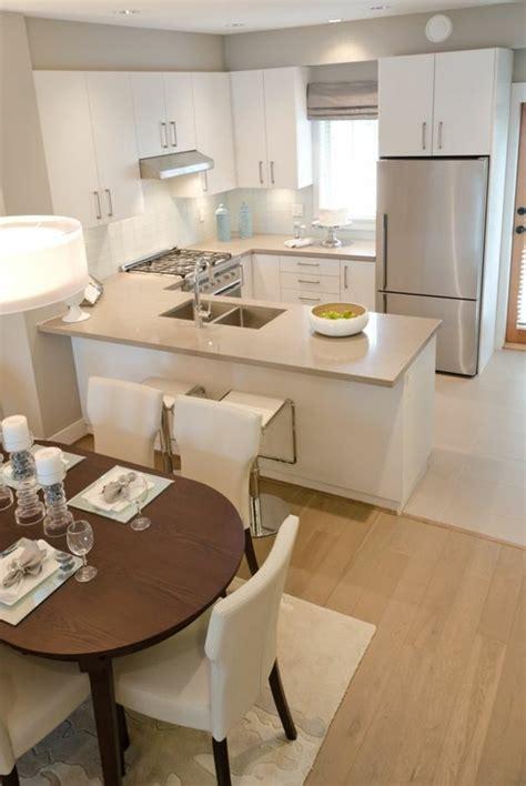 table ovale cuisine la cuisine en u avec bar voyez les dernières tendances