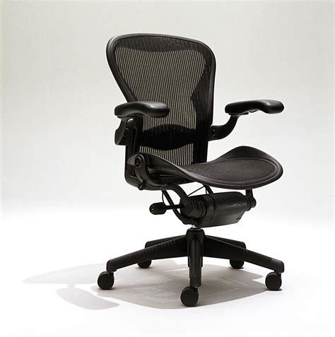 aeron chair by herman miller herman miller aeron home office chair furniture home