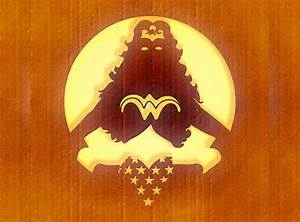 WYSKy Halloween: FREE Wonder Woman Pumpkin Carving Stencil