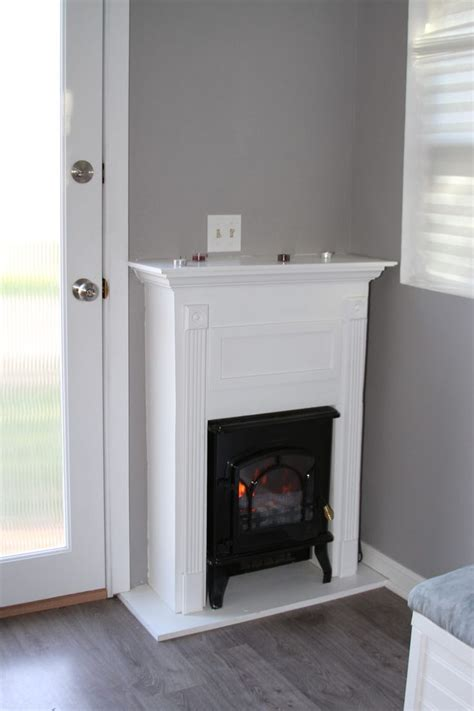Top 25+ Best Small Fireplace Ideas On Pinterest White