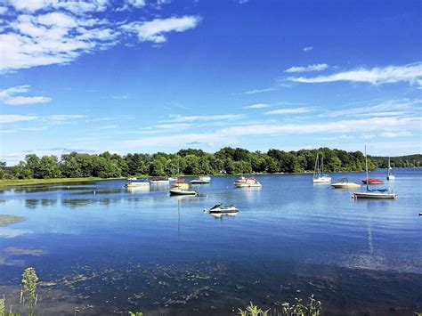 Used Pontoon Boats Ct by 3 Hurt As Jet Ski Pontoon Boat Collide On Bantam Lake