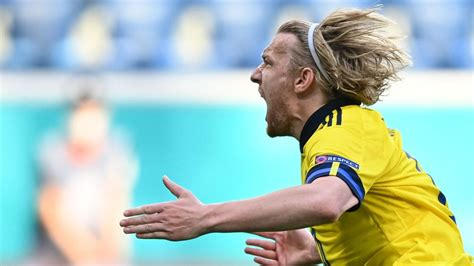 In gruppe e spielen polen, die slowakei, spanien und schweden gegeneinander. EM 2021: Schweden gewinnt gegen Slowakei durch Elfer von Forsberg