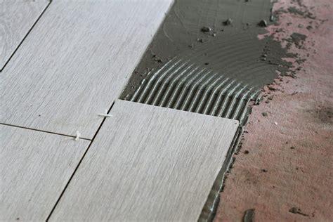 remove tile glue adhesive  mortar sawshub