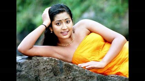 Navya Nair Hot In Blouse Less Scene Youtube