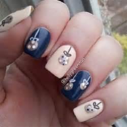 15 christmas ornament nail art designs ideas stickers 2015 xmas nails fabulous nail art